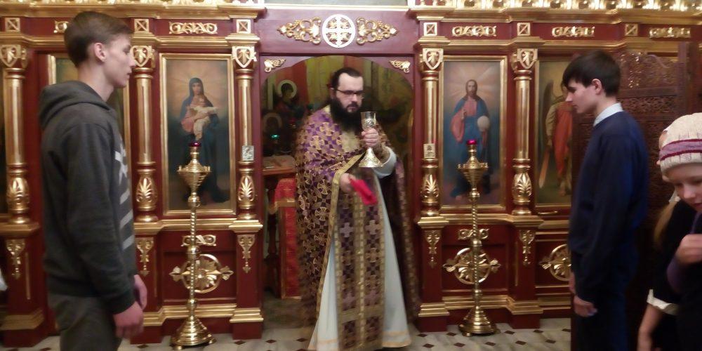 Литургии Преждеосвященных Даров с участием воспитанников школы «Знак»