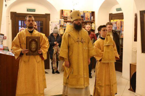 Архиепископ Матфей совершил Литургию в усадьбе Свиблово