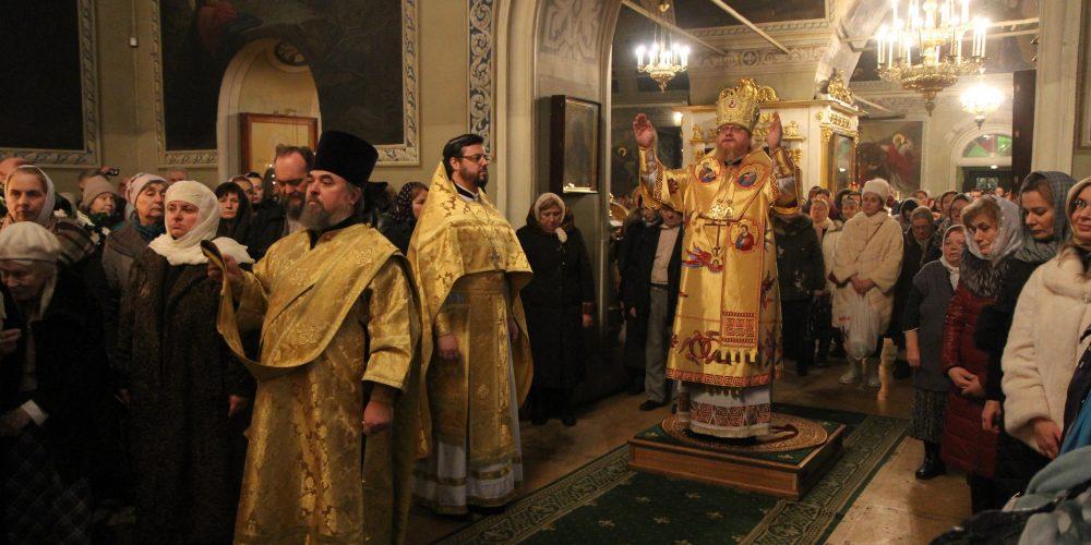 Престольный праздник в храме святителя Николая Чудотворца в Хамовниках