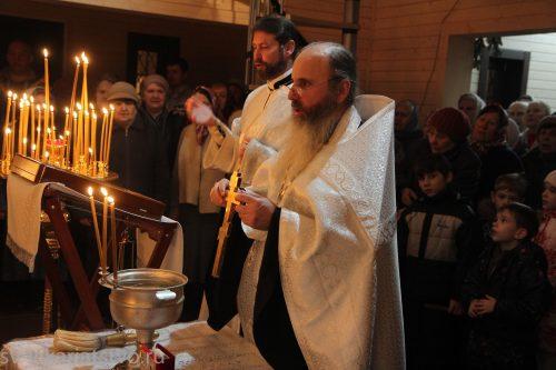 Освящение временного храма в честь святых Жен-Мироносиц