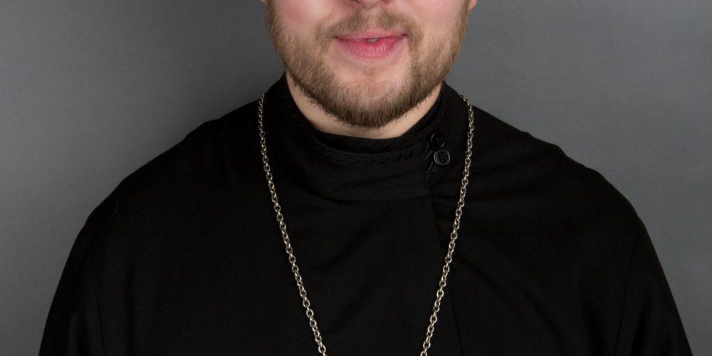 Священник Роман Колесников