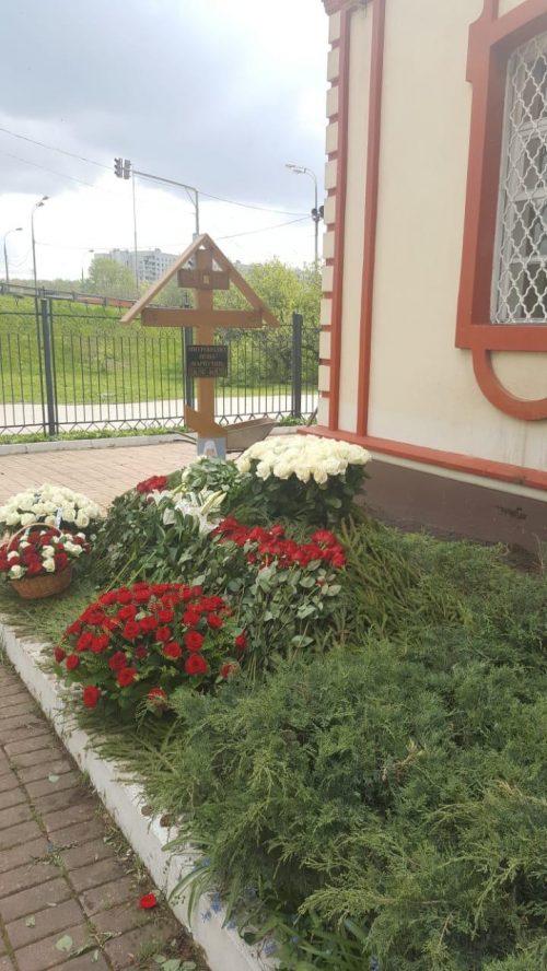 Состоялось отпевание митрополита Ионы (Карпухина), почетного настоятеля храма Воздвижения Креста Господня в Алтуфьеве