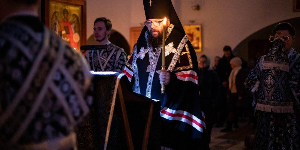 Архиепископ Матфей совершил Великое повечерие со чтением канона преподобного Андрея Критского в храме Торжества Православия в Алтуфьеве