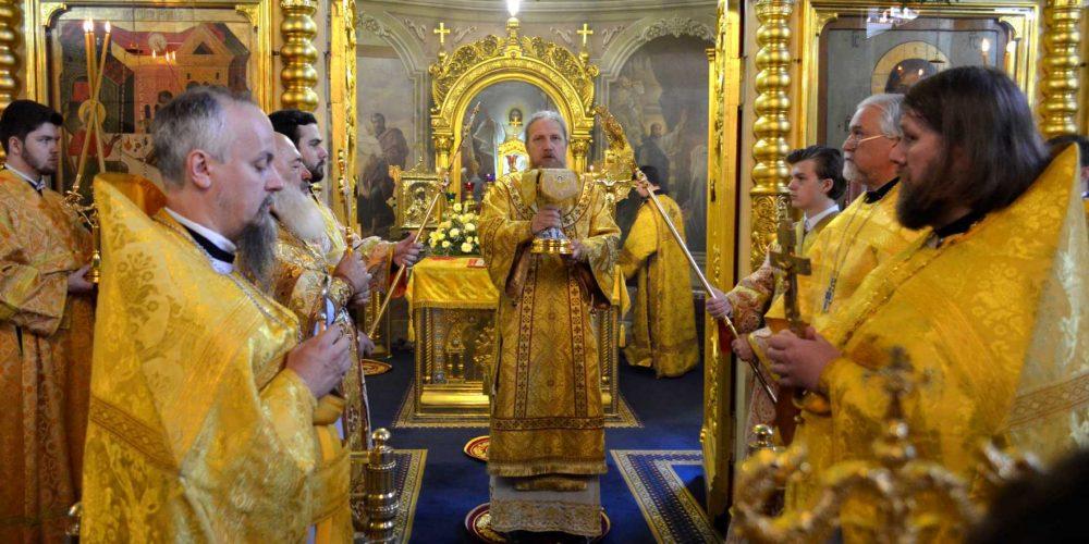Литургия в день празднования Рязанских и Сибирских святых, в храме Рождества во Владыкине