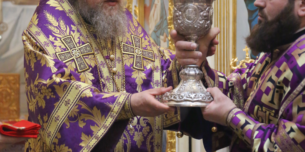 Епископ Домодедовский Иоанн совершил Литургию Преждеосвященных Даров в храме при РГСУ