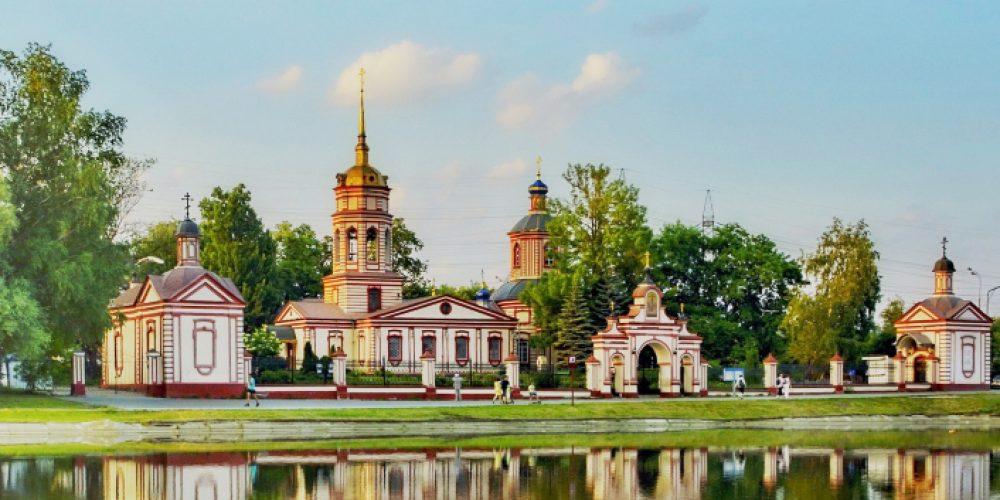 Храм Воздвижения Креста Господня в Алтуфьеве