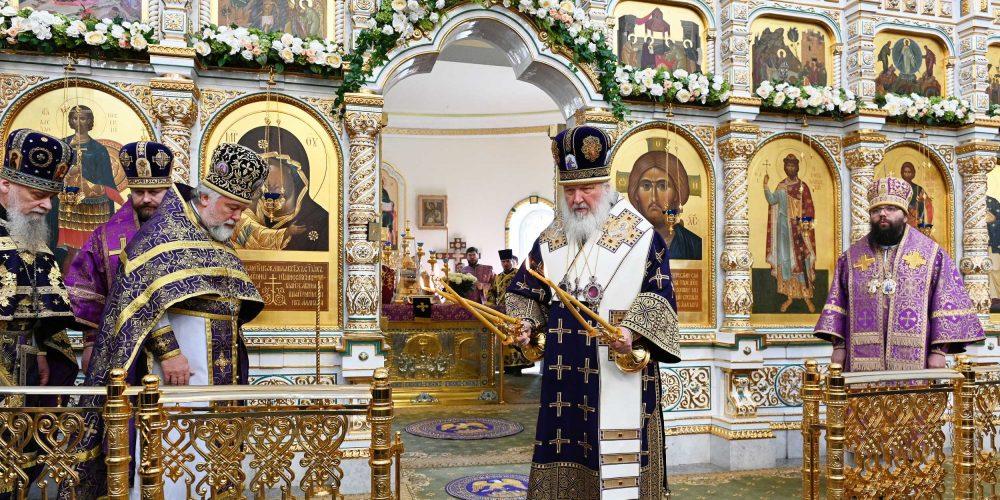 Архиепископ Егорьевский Матфей сослужил Святейшему Патриарху в храме блгв. кн. Игоря Черниговского в Переделкине г. Москвы