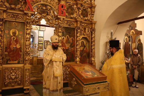 Архиепископ Егорьевский Матфей совершил молебное пение на новолетие в храме Живоначальной Троицы в усадьбе Свиблово