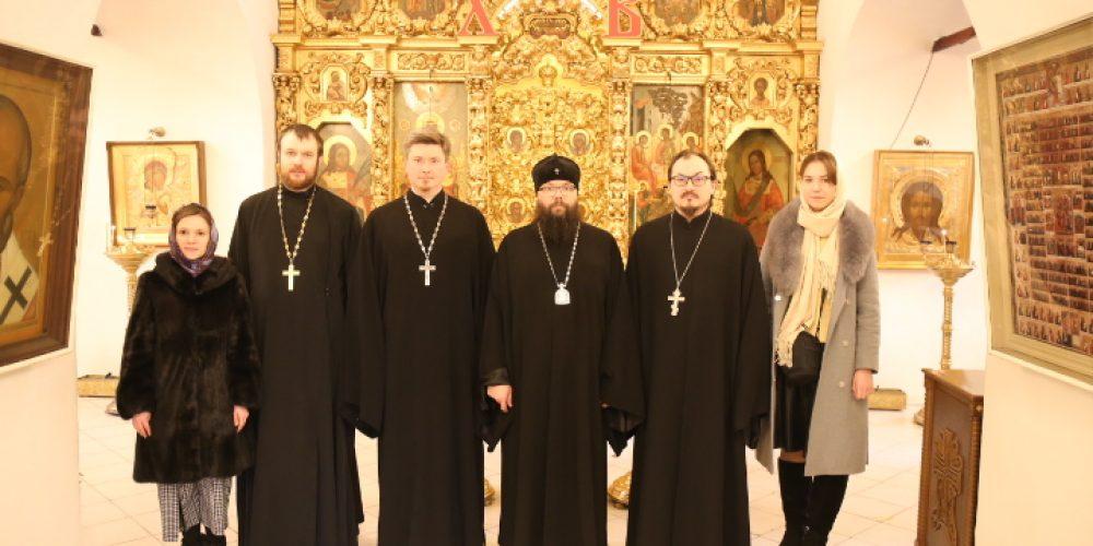 Архиепископ Егорьевский Матфей встретился с руководителем Молодежного отдела Московской городской епархии