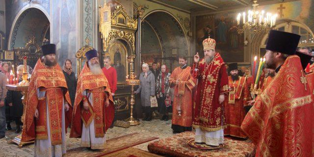 Божественная литургия в храме св. мчч. Адриана и Наталии