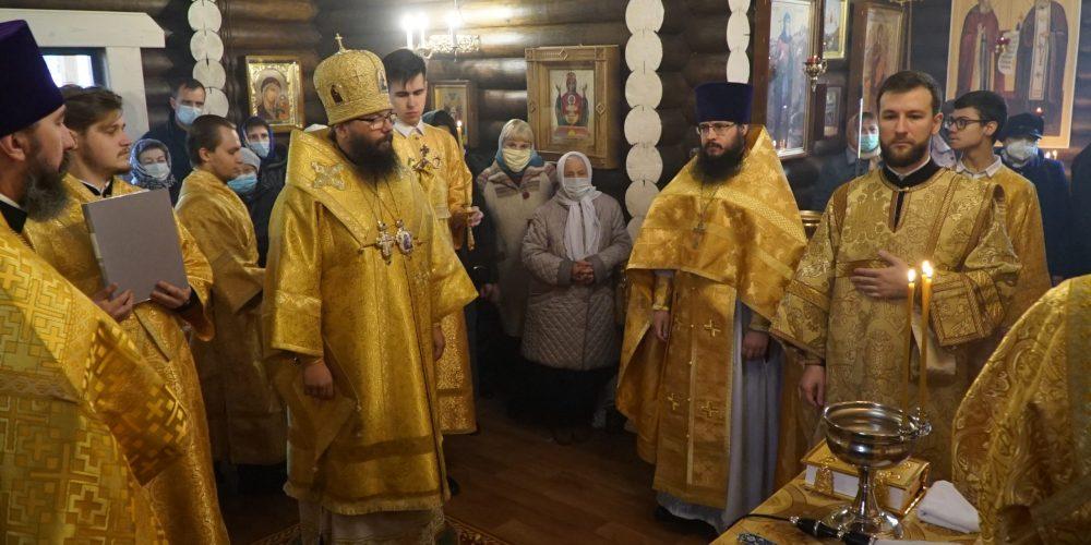 Малое освящение храма в честь святителя Макария (Невского), митрополита Московского и Коломенского, в Бутырском