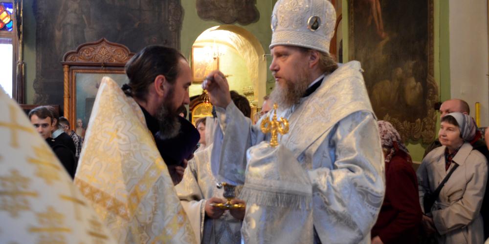 Всенощное бдение в Храме Тихвинской иконы Божией Матери в Алексеевском