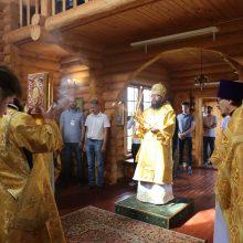 Архиепископ Матфей возглавил Божественную Литургию в храме свв. равнн. Кирилла и Мефодия в деревне Кутьино
