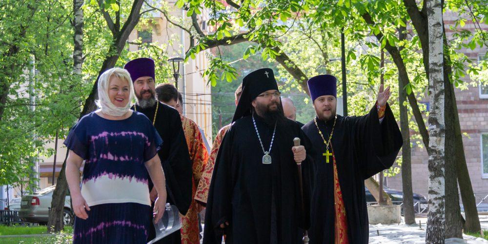 Архиепископ Егорьевский Матфей возглавил престольный праздник в храме свв. равноапостольных Мефодия и Кирилла в Ростокине