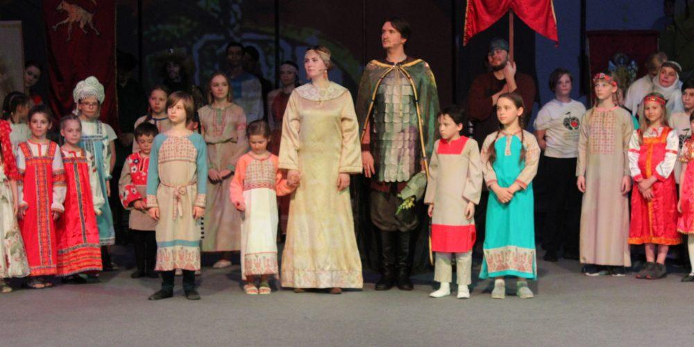 В Московском Молодежном театре состоялся спектакль, посвященный подвигам святого благоверного князя Александра Невского